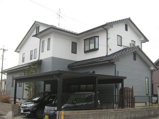 北名古屋市Y様邸、外壁をモノトーンで塗替え後の外観全景写真